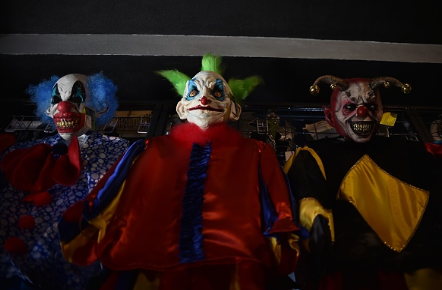 The Clowns Are Coming! The Clowns Are Coming!