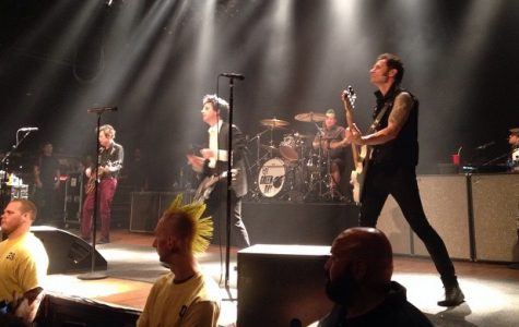 Green Day Concert Touches on Political Controversies