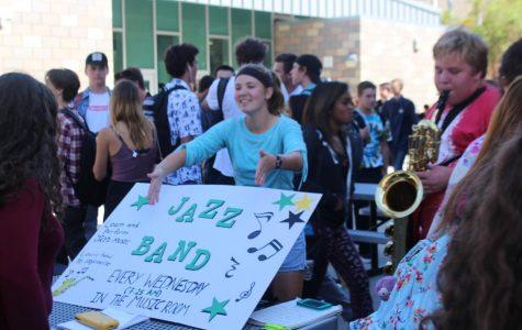 Club Rush Showcases Seventy Seven Student Run Groups