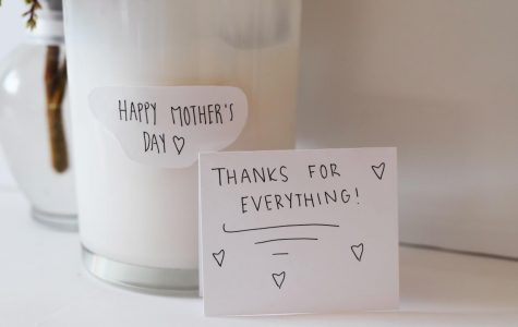 A Gift Guide To Surviving Mother's Day