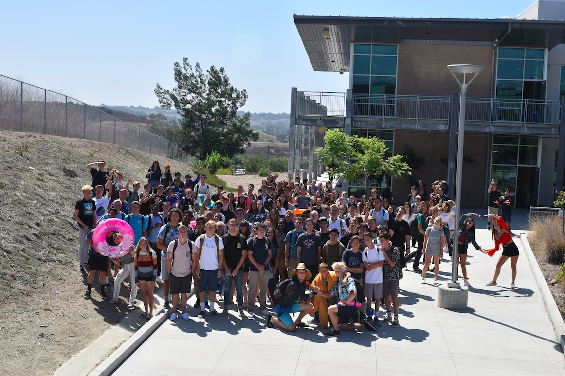 The+class+of+2019+gathers+in+between+the+2000+and+3000+buildings+this+past+Friday+to+learn+more+about+the+annual%2C+%E2%80%9CSenior+Assassins%E2%80%9D+game+that+takes+place+between+the+senior+class.+The+game+of%2C+%E2%80%9CAssassins+Creek%E2%80%9D+is+entirely+run+by+the+student+population+and+has+no+affiliation+with+Sage+Creek+High+School.+