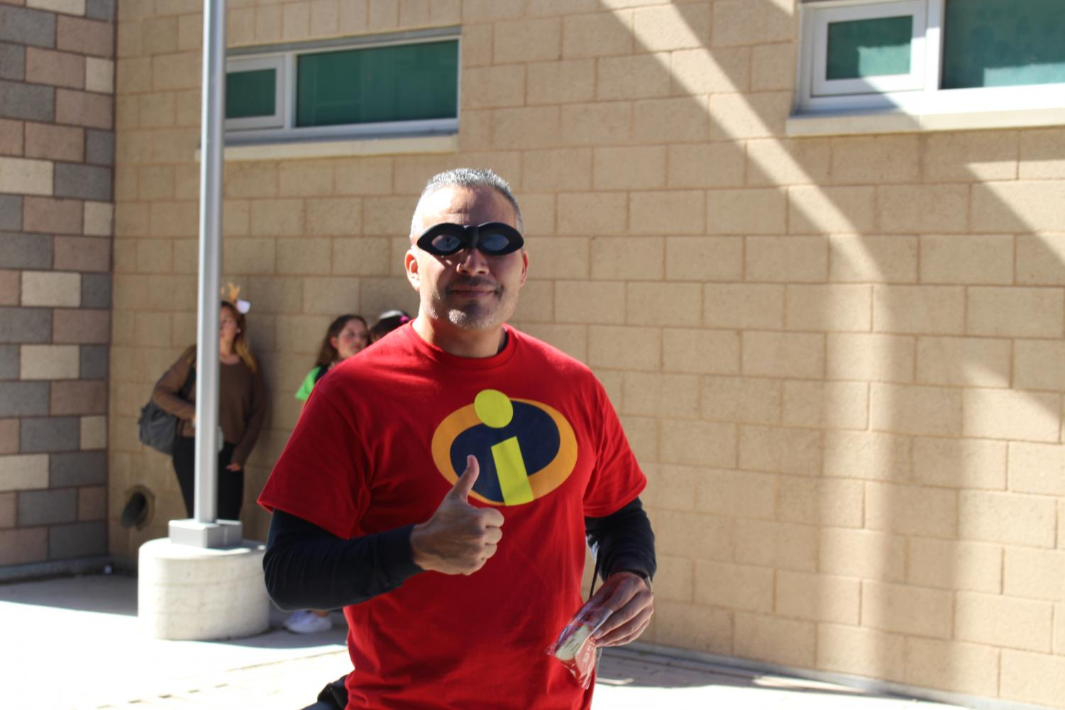 Principal+C%C3%A9sar+Morales+is+nothing+short+of+incredible.+Dressing+head+to+toe+as+%22Mr.+Incredible%2C%22+Morales+was+completely+prepared+to+compete+in+the+annual+staff+Halloween+Costume+Contest+that+got+canceled+this+year+due+to+lack+of+time+at+lunch.