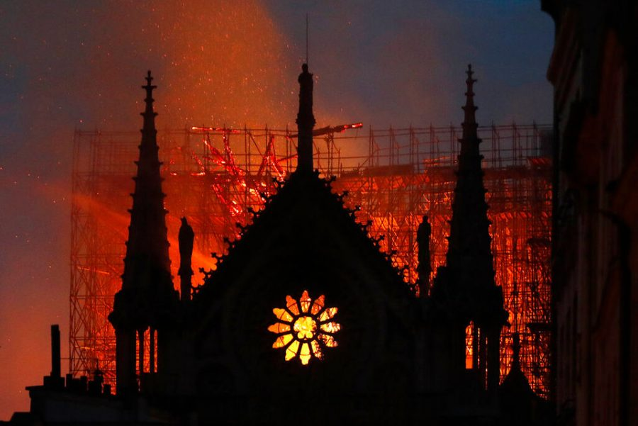 Notre+Dame+late+the+night+of+the+fire.+At+this+point%2C+the+spire+had+fallen+and+the+roof+had+collapsed+in+on+itself%2C+landing+inside+the+cathedral.