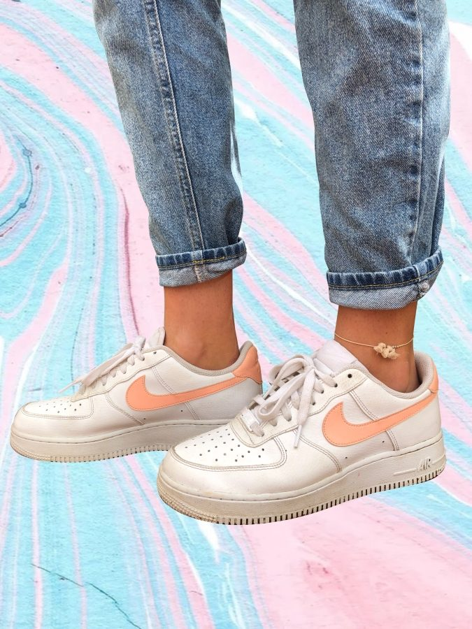 Being a classic pair of shoes that add a finishing touch to your outfit, Air Force Ones are the way to go.