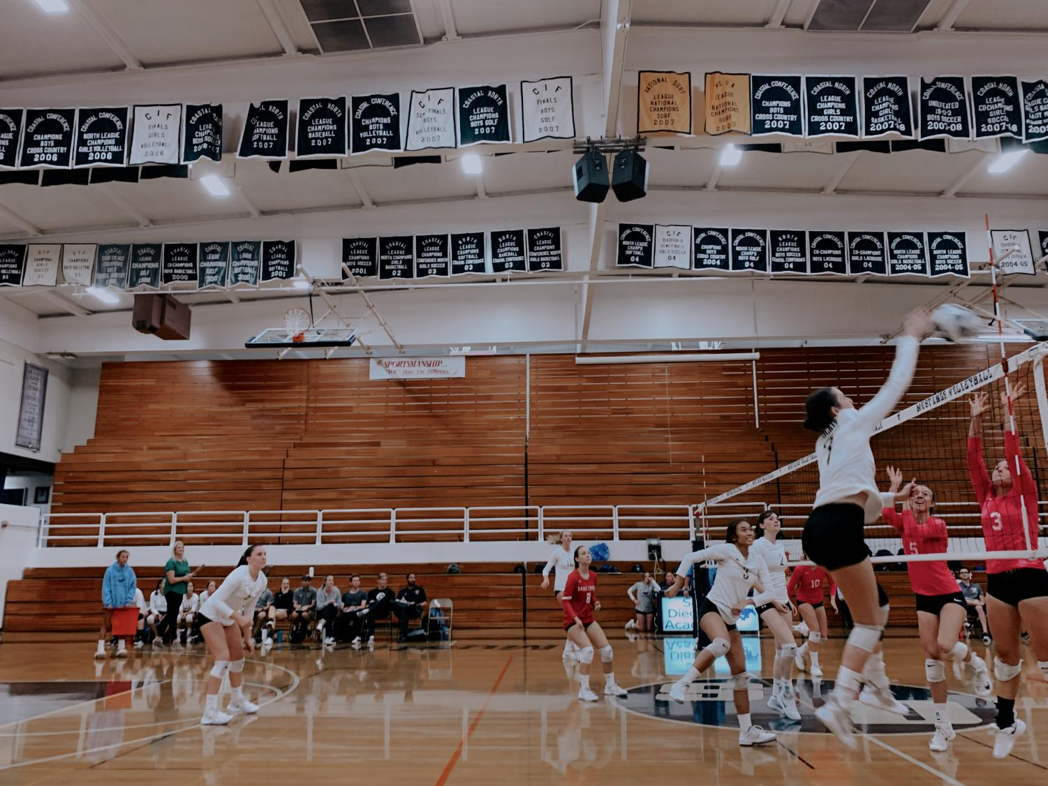 Senior+Sydney+Ahrendt+gets+a+kill+during+the+match.+Girls+volleyball+%28all+levels%29+won+their+matches+at+San+Dieguito+Academy+on+Oct.+3.+