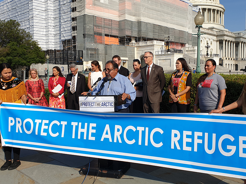 Members+of+Congress+and+members+of+the+Gwich%E2%80%99in+stand+in+solidarity+against+oil+drilling+in+the+Arctic+Wildlife+Refuge.